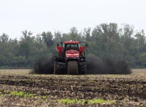 Dan Lewis: One New Leader Compost Spreader Doing the Job of Three Competitors